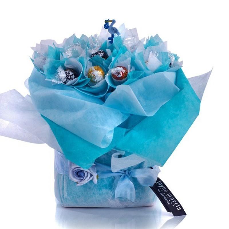 Lindt - букет от бонбони за момченце