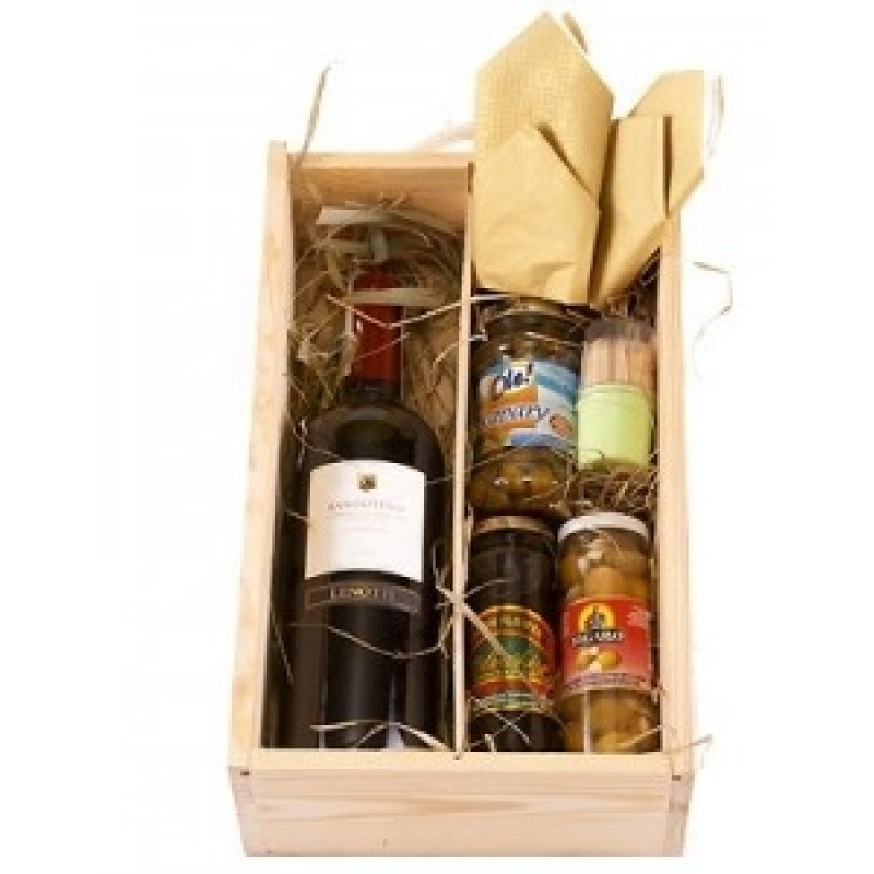 Колекция вино и изтънчени деликатеси
